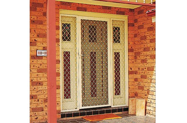 Diamond Grille  sc 1 st  Cairns Security Doors & Cairns Security Doors and Windows | Diamond Grille security screens